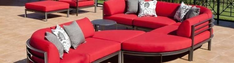 With a variety of outdoor cushions and fabric choices, you'll find the patio furniture cushions you're looking for to make your outdoor rooms, deck cushions
