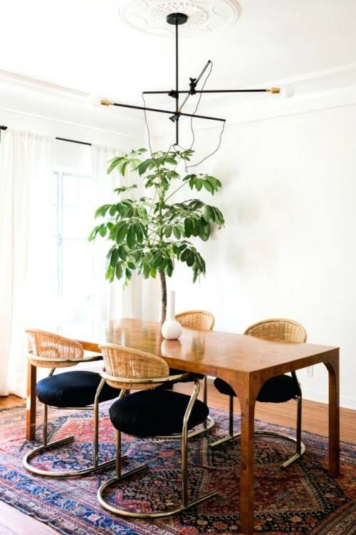 christmas dining room this post has great ideas for decorating your dining room for 5 manageable