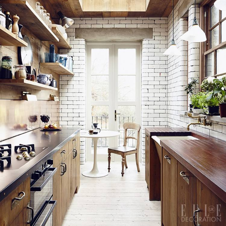 With so many options to explore, it can be tricky to know where to begin – so we've put together our top ten tips for designing the white kitchen of your