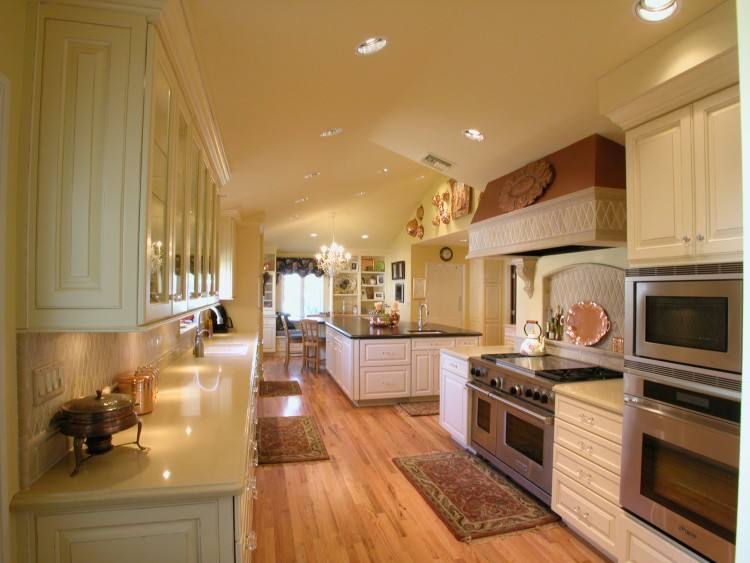 kitchen king cabinets types enjoyable kitchens with white cabinets and dark floors pics of reasons why