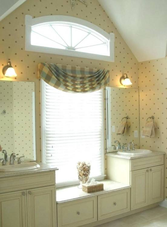 Fabulous Bathroom Window Valance Ideas Quick And Easy No Sew Window Valance In My Own Style