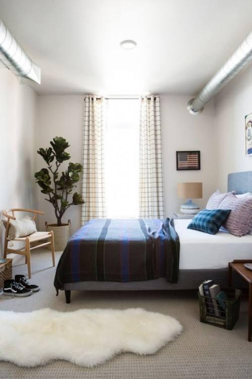 Bedroom Ideas in Queen · •