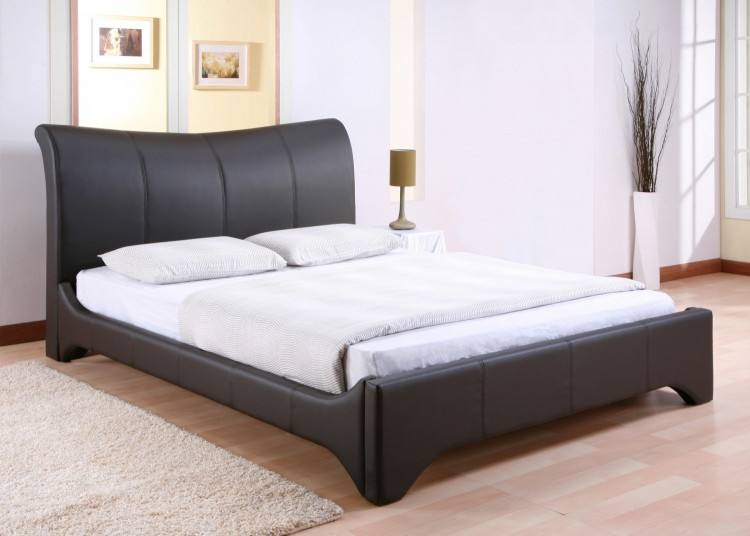 queen bed in small room king size bed small bedroom elegant queen bed in small room