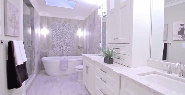 Masterly Use Galvanized Such A Narrow Love How Glass Showerwall Kill All Light Wrapped Space Vancouver Asks Narrow Ensuite Bathroom Ideas Narrow Bathroom