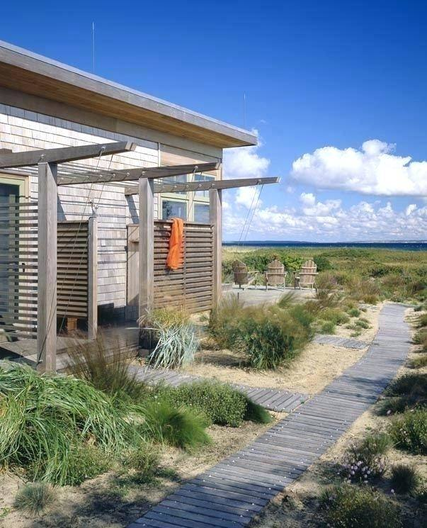| Outdoor, Outdoor bathrooms