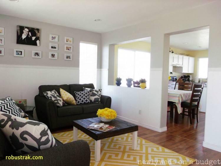 Dazzling Mediterranean dining room in yellow [Design: Sienna Blanca Design]
