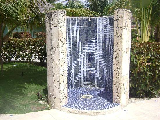 outdoor pool shower ideas outdoor shower enclosure ideas best outdoor shower enclosure ideas on pool shower
