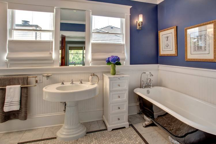 Cottage Bathrooms Beadboard | White Beadboard bathroom, Cottage, bathroom, Benjamin Moore Gossamer